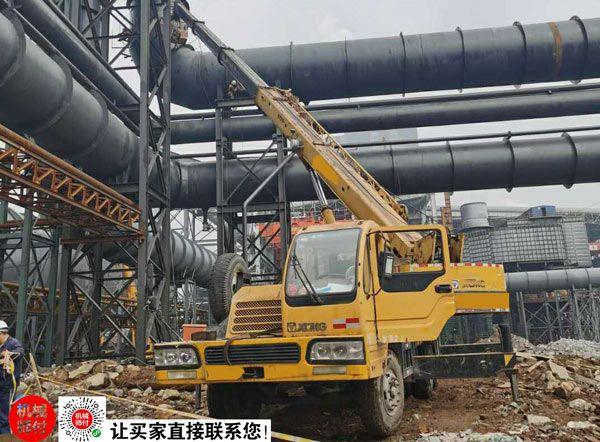 2009年徐工20吨吊车