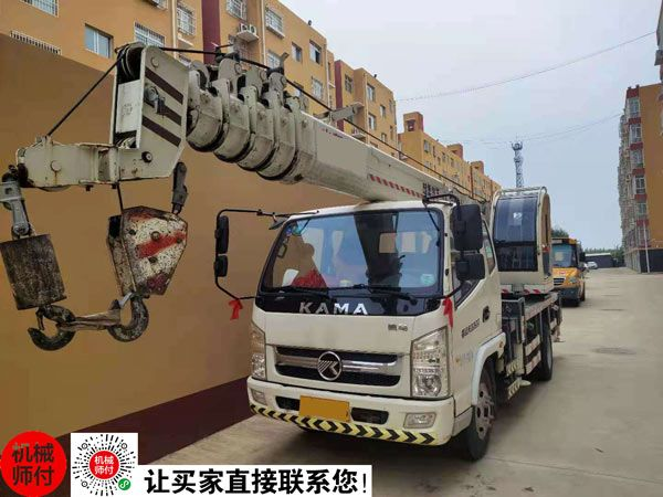 2018年富康8吨吊车